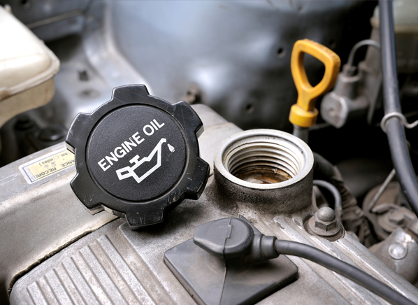 cro_cars_how_to_change_oil_oil-cap
